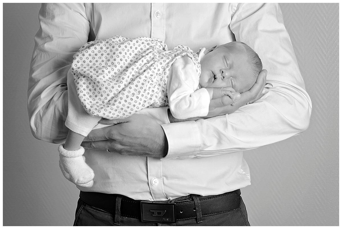 papa et nouveau né